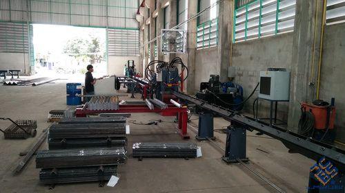 不锈钢角钢冲孔生产线