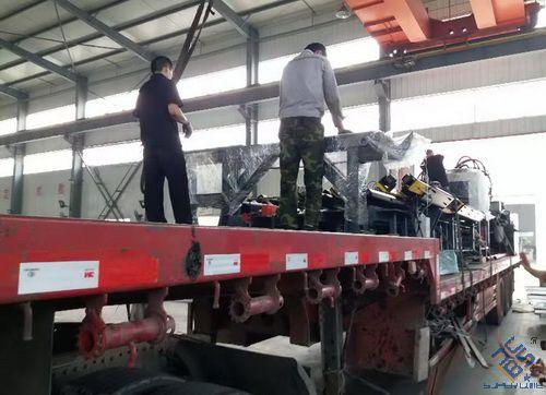JX1412不锈钢角钢冲孔生产线发往临沂